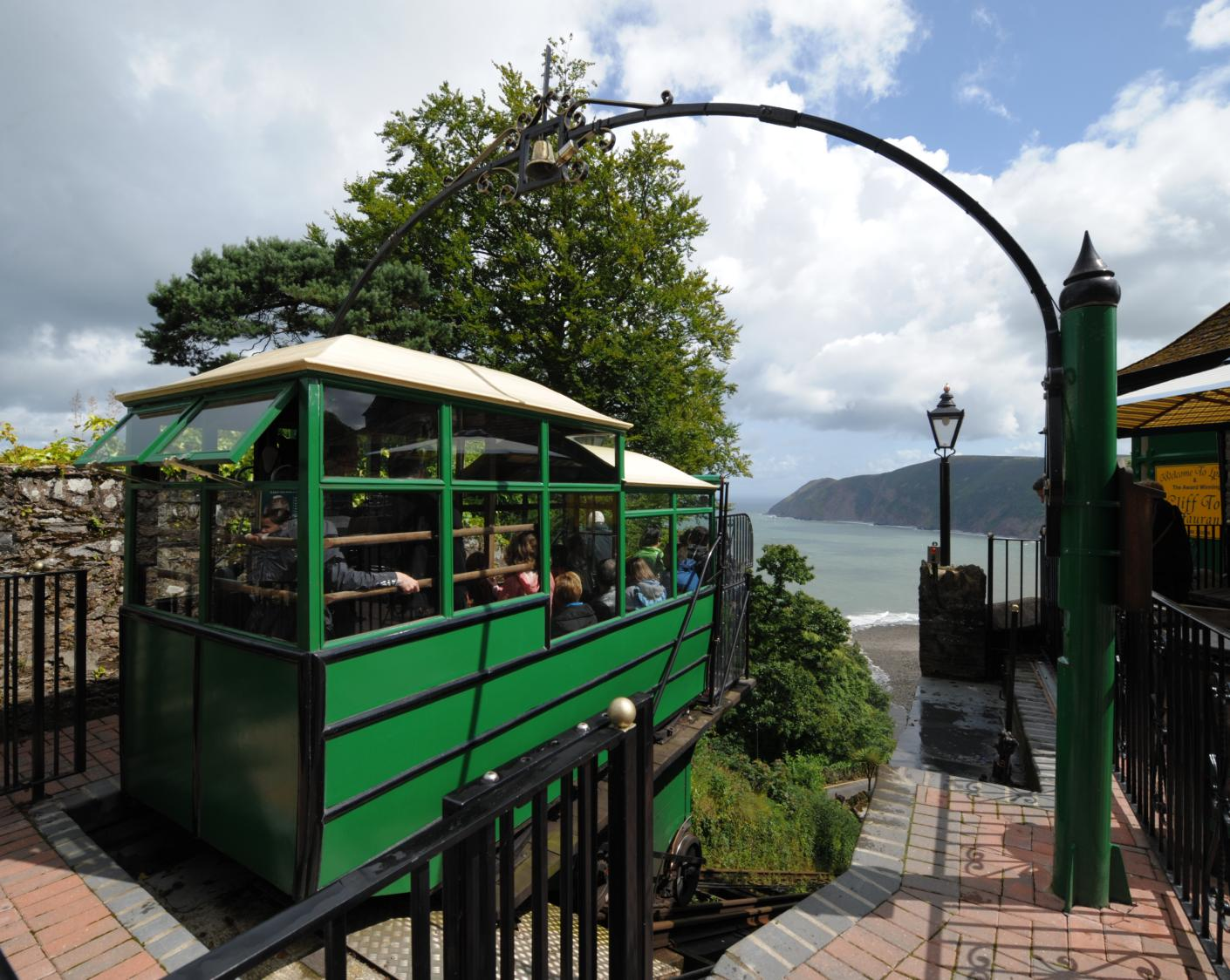 Lyn Valley Classic – Huge classic car event in Lynton & Lynmouth