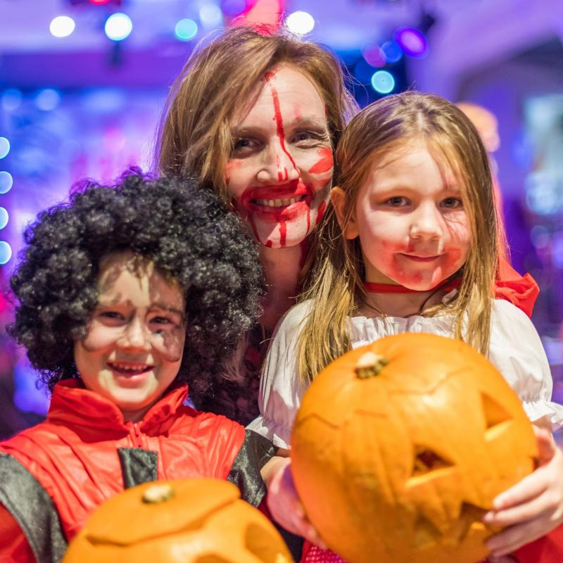 Halloween 1/2 term Pumpkin Carving at Woolaocmbe Sands Holiday Park North Devon