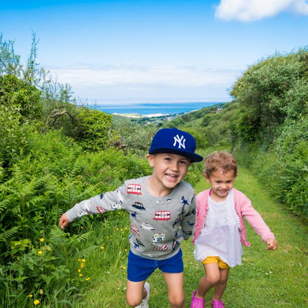 Walk to Beach from Woolacombe Sands Holiday Park Devon