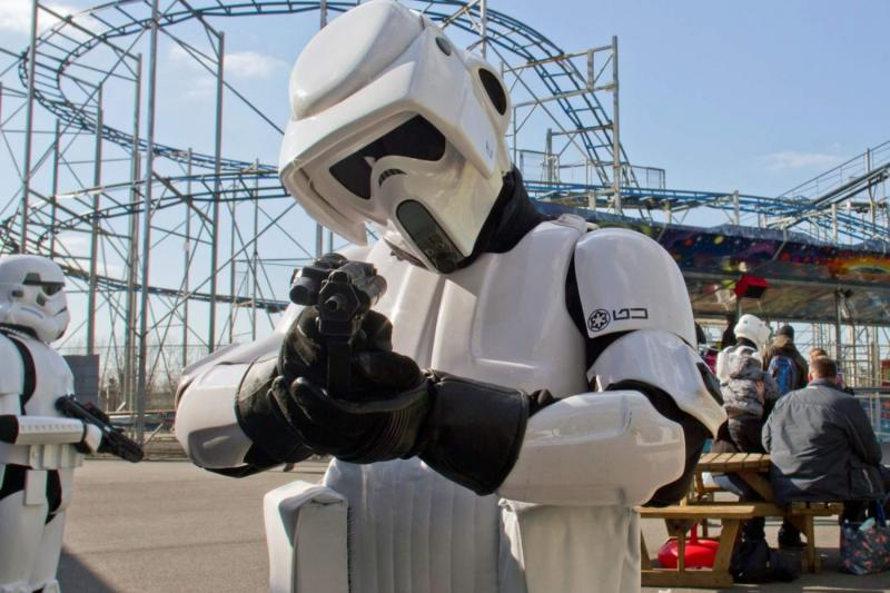 The Milky Way Adventure Park - Meet the Star Wars Characters!